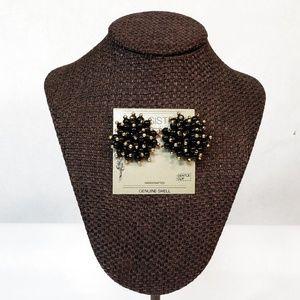 Vintage Two Sisters Clip Genuine Shell Earrings